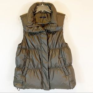 Gap Women's Puffer Vest Quilted EUC With Pockets